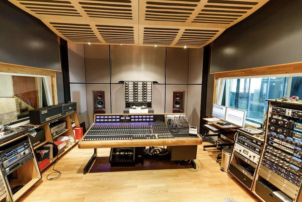 A DAW's Dream Analogue Front End Bundle For Sale: Trident 80B + Studer A80 + customised CLASP system